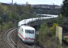 ICE in Gießen Frankfurter Straße / ehem. Bahnbetriebswerk / Klein-Linden