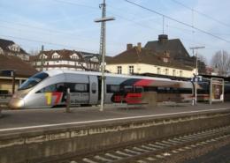 ICE 175 Jahre Eisenbahn, beim Halt in Friedberg