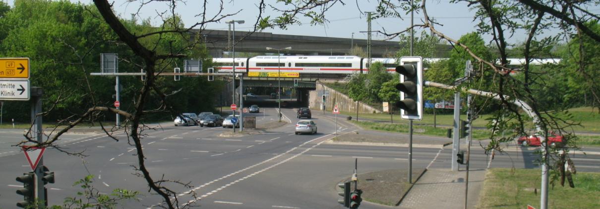 ICE in Gießen Frankfurter Straße / Klein-Linden