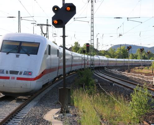 ICE-Abfahrt in Marburg(Lahn)