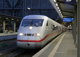 ICE 1076 in Frankfurt(M)Hbf