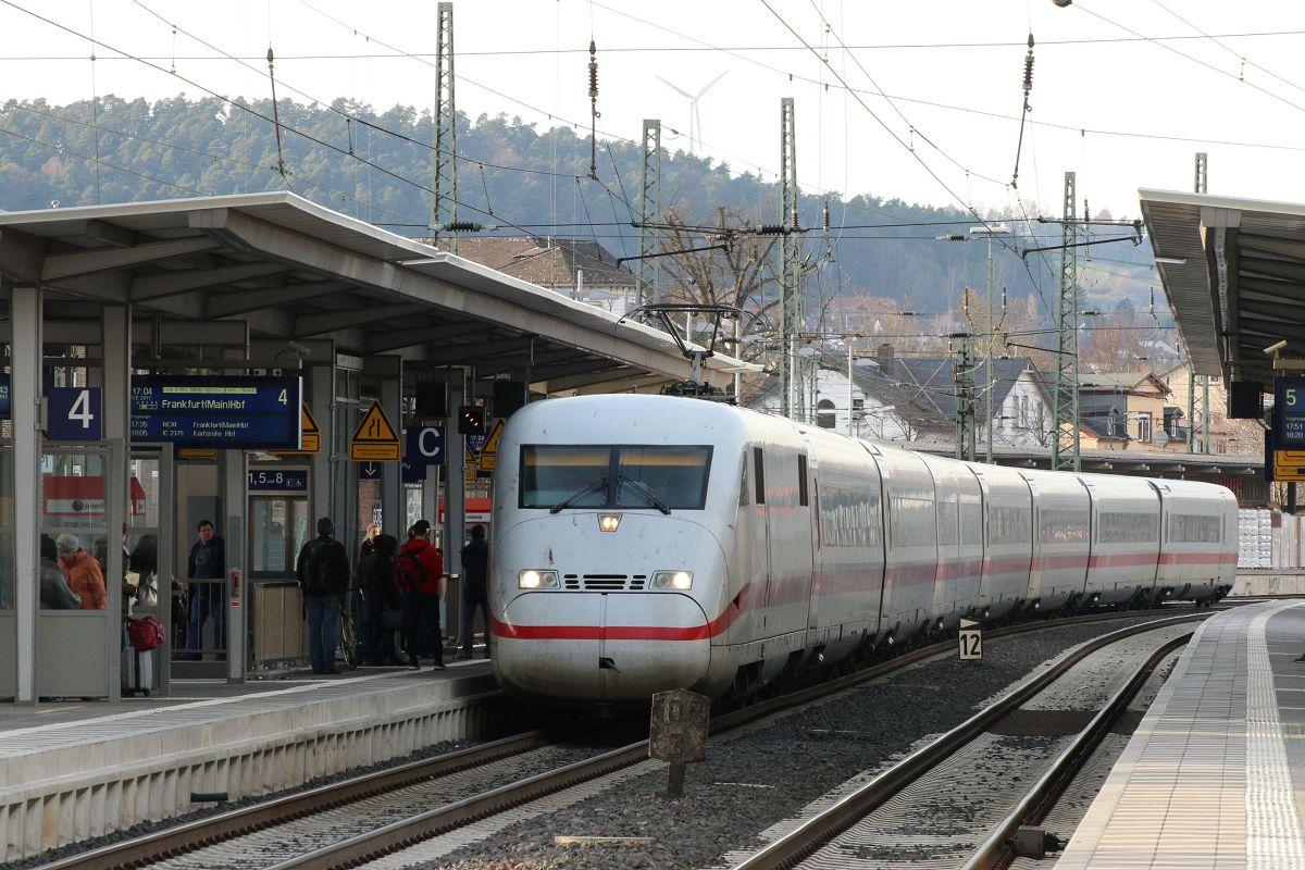 ICE 2911 bei der Einfahrt in Marburg(Lahn)