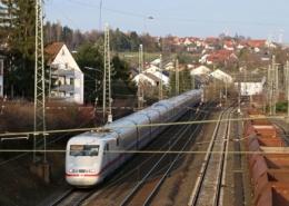ICE-Einfahrt in Kirchhain(Bz Kassel)