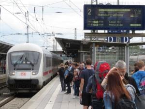 IC-Einfahrt in Gießen